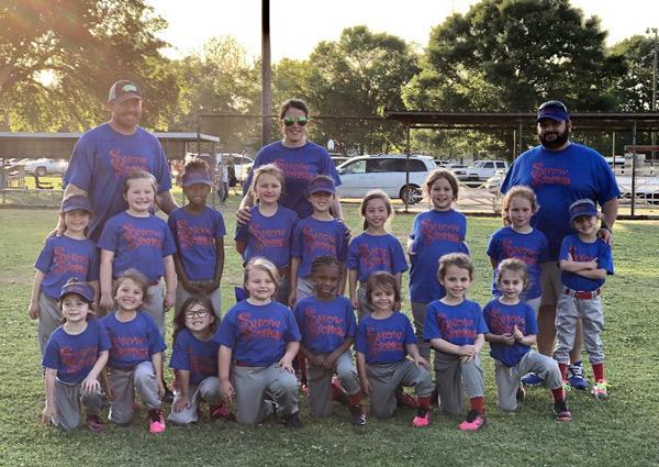 Iowa Girls T-Ball Team photo